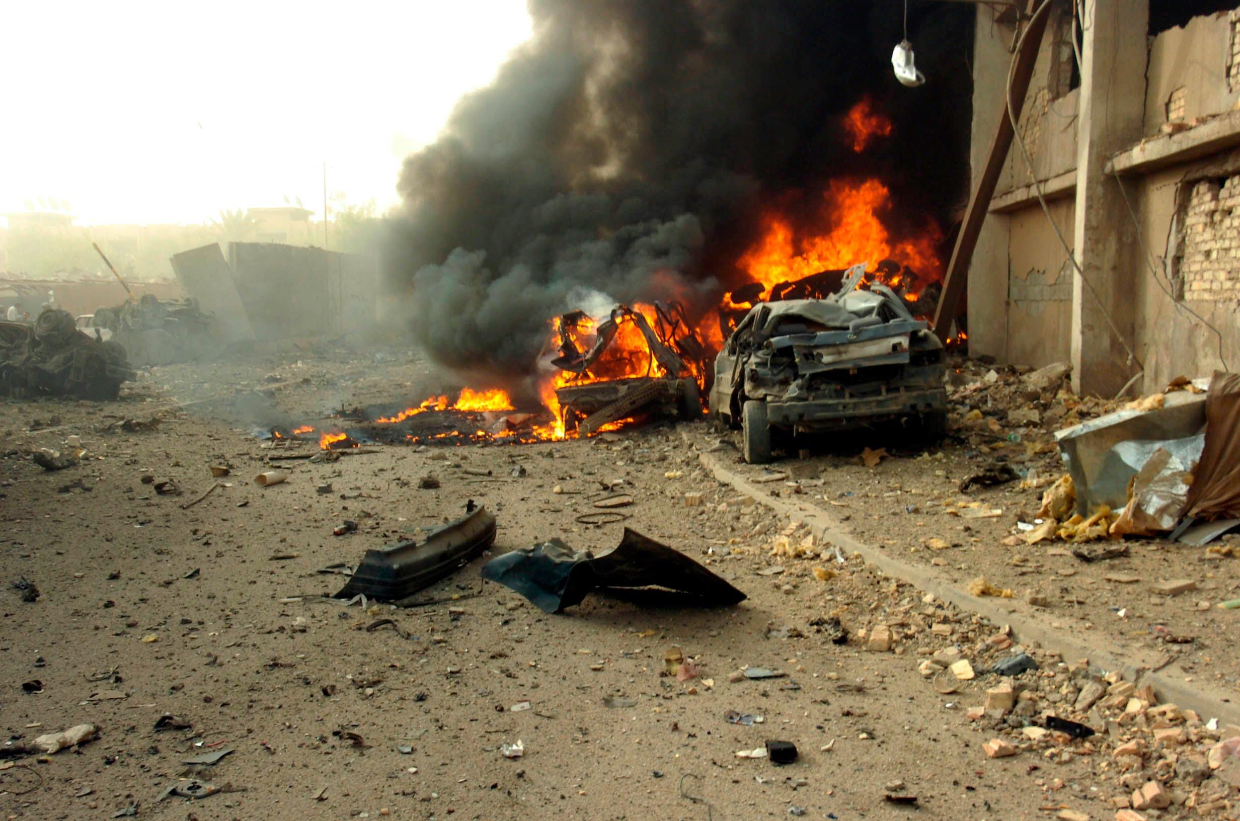 Atak zamachowca samobójcy (zdjęcie nie moje)